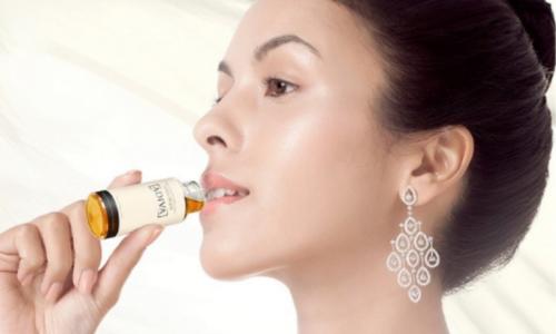 Top 8 nước uống collagen tốt nhất 2021