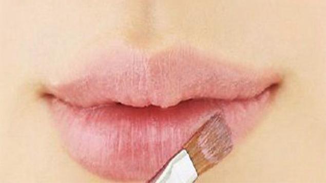 Tại sao cần kem che khuyết điểm môi