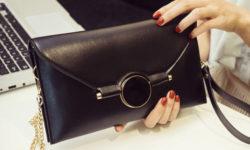 Top 5 ví cầm tay nữ đẹp thời trang phù hợp với mọi bộ trang phục 12