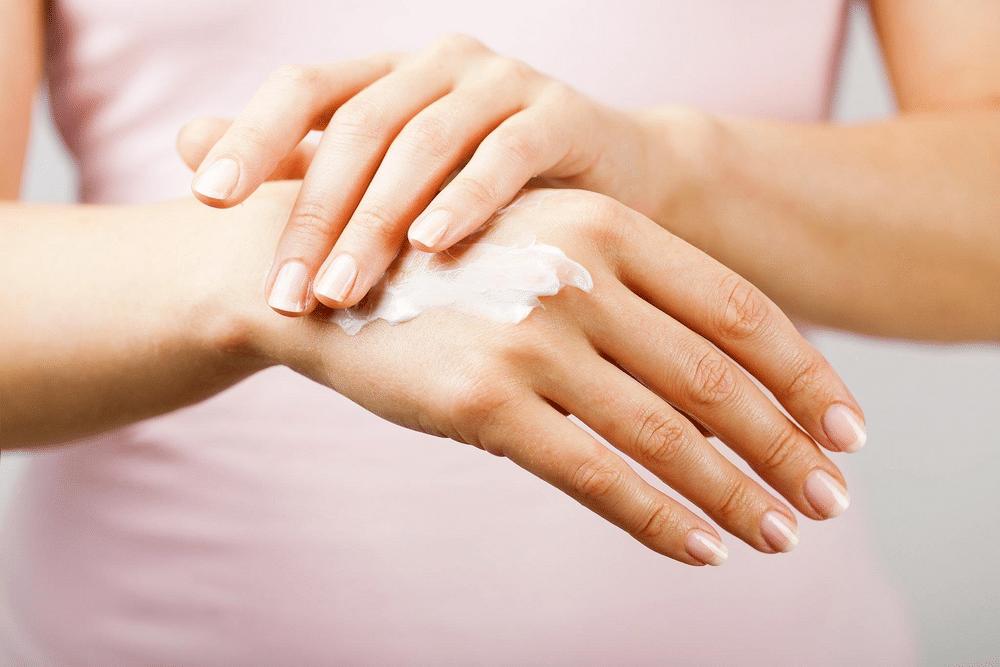 Công dụng của kem dưỡng da tay
