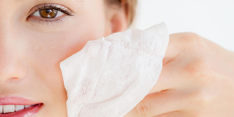 Công dụng của khăn giấy ướt