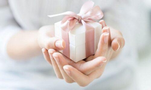 Top 10 quà tân gia ý nghĩa dành tặng cho gia chủ