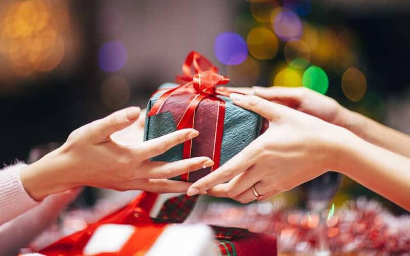 Mỗi món quà tân gia điều có ý nghĩa khác nhau giành cho gia chủ