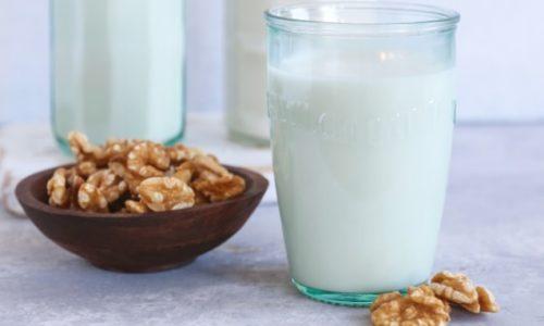 Cách làm sữa óc chó thơm ngon dinh dưỡng