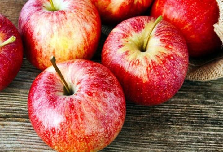 Giảm cân bằng cách ăn táo