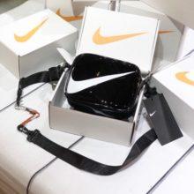 Túi Nike Mini Swoosh nhựa PVC size 18 x 7.5cm