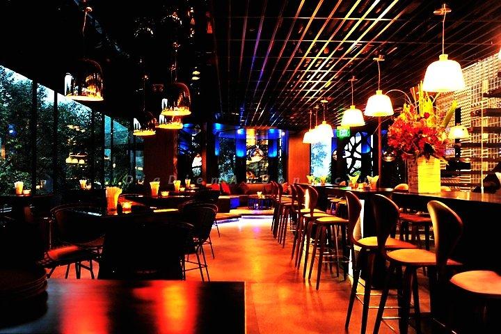 Top 10 quán bar quận 1 được yêu thích ở Sài Gòn 3