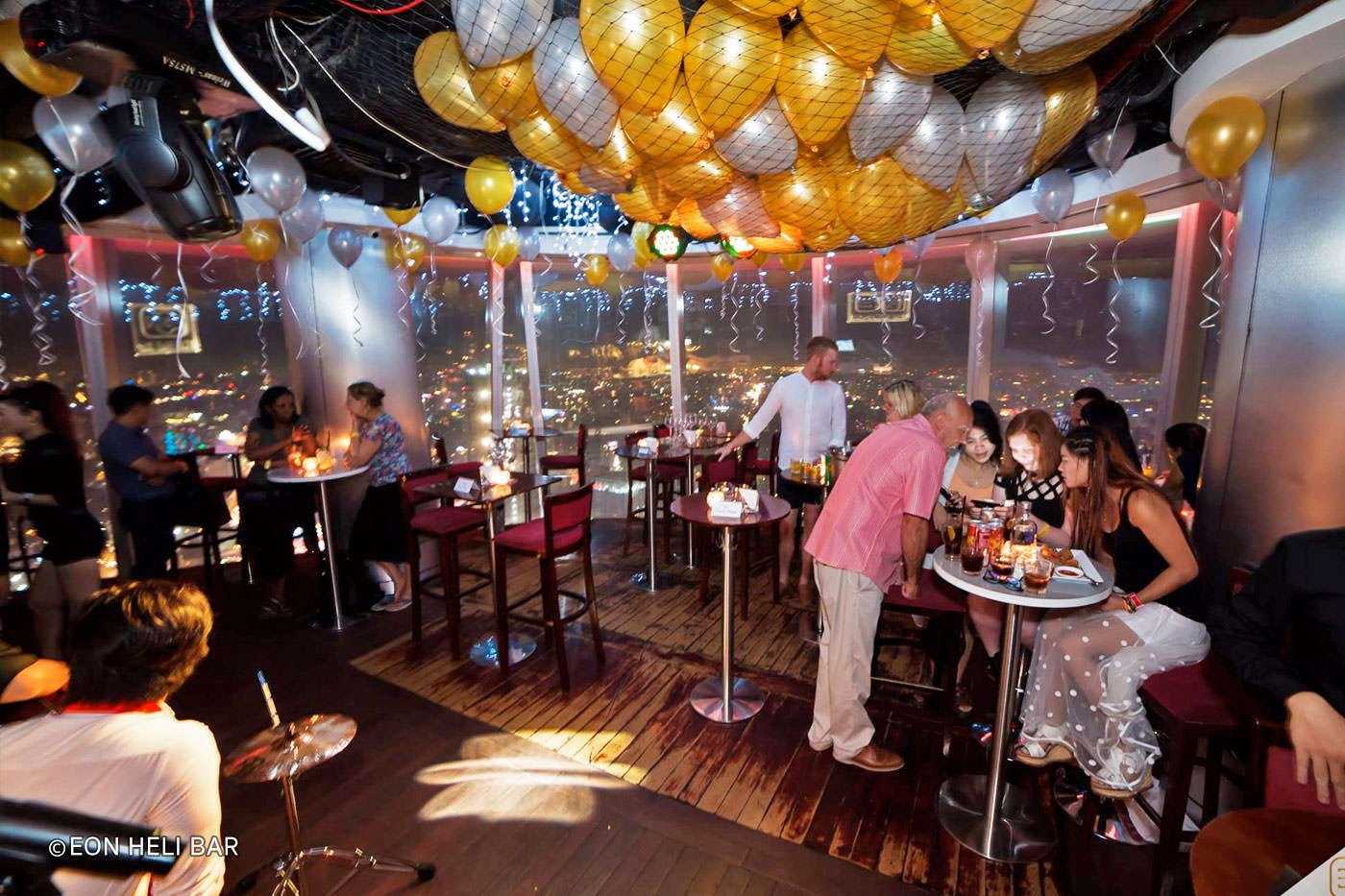 Top 10 quán bar quận 1 được yêu thích ở Sài Gòn 4