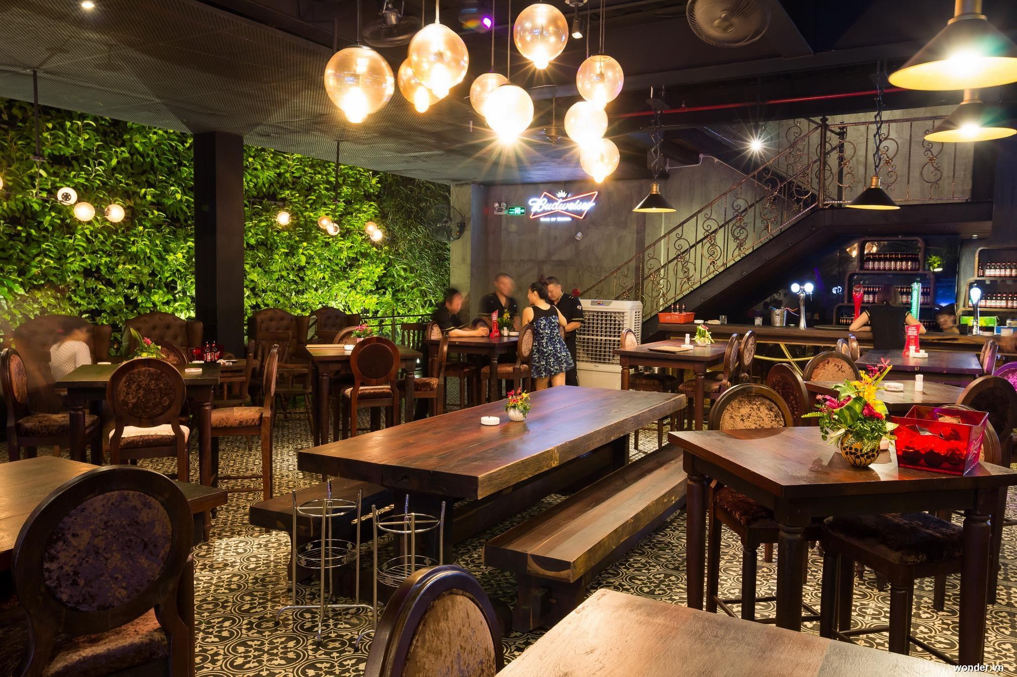 Top 10 quán bar quận 1 được yêu thích ở Sài Gòn 5