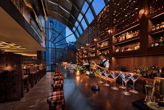 Top 10 quán bar quận 1 được yêu thích ở Sài Gòn - 8