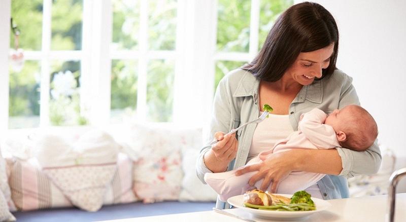 Ăn uống khoa học giúp làm trắng da sau sinh