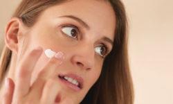 Top 5 kem trị mụn ẩn tốt nhất giúp loại sạch đánh sạch mụn ẩn sâu 9