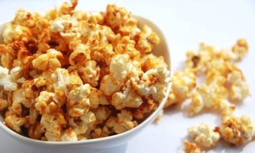 Bắp rang bơ thơm ngon khi xem phim rất tuyệt