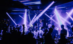 Top 10 quán bar quận 1 được yêu thích ở Sài Gòn 13