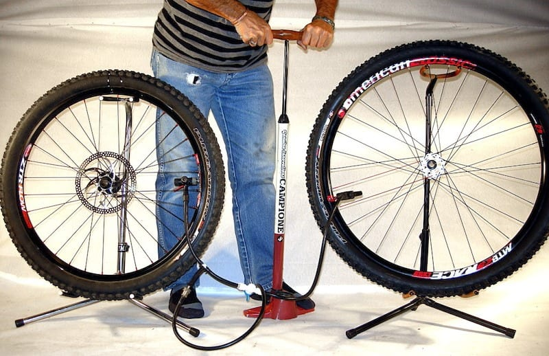 Cấu tạo và nguyên lý hoạt động của bơm xe đạp