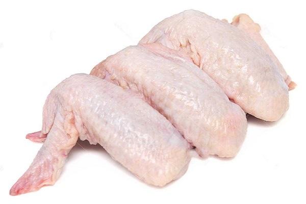 Chọn cánh gà tươi để cho thành phẩm thơm ngon