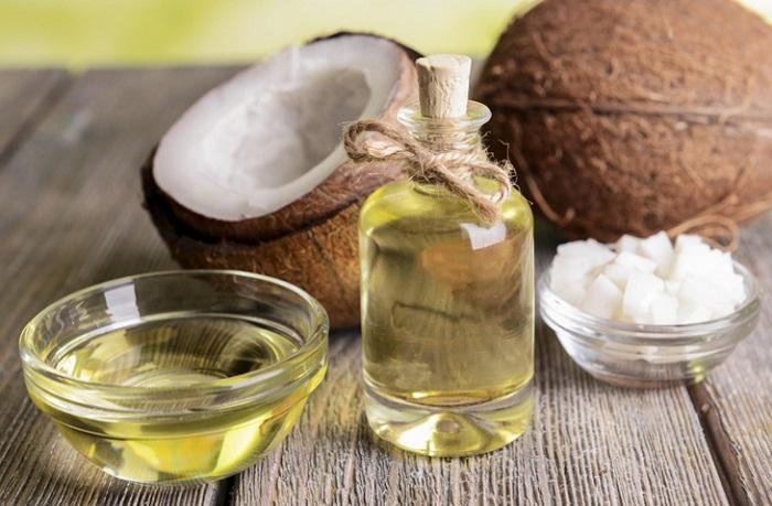 Dầu dừa giúp mái tóc khỏe mạnh