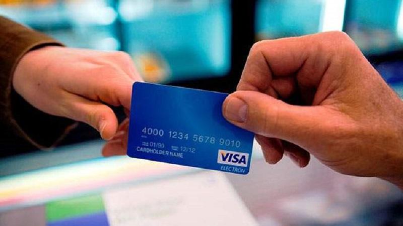 Để tạo tài khoản PayPal bạn cần đăng ký làm thẻ VISA