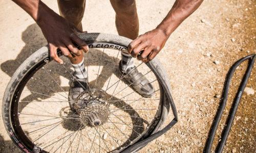Top 5 ống bơm xe đạp tốt nhất giúp bạn bơm bánh xe nhẹ nhàng siêu nhanh 4