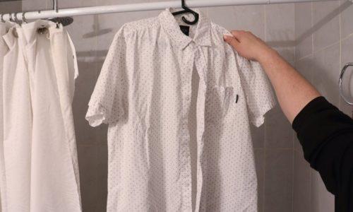 Làm phẳng quần áo bằng hơi nước nóng