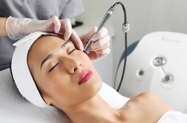 Laser giúp điều trị tái tạo da