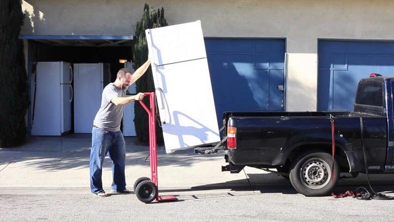 cách di chuyển tủ lạnh đi xa