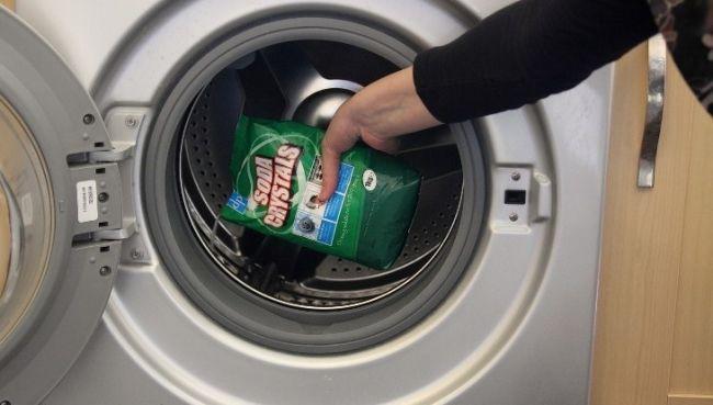 cách dùng bột vệ sinh lồng máy giặt