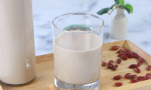 Những ly sữa đậu đỏ thơm ngon, bổ dưỡng
