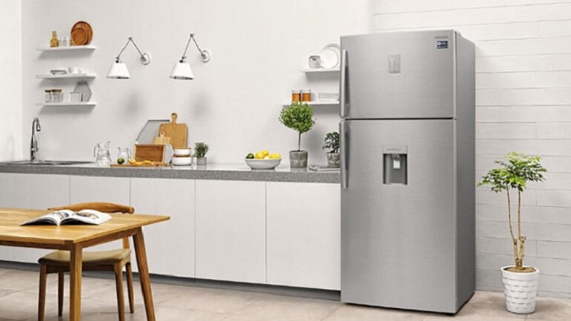 Tủ lạnh mới cần sự ổn định trước khi bắt đầu sử dụng