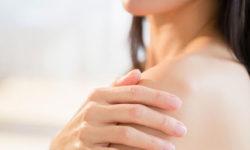 Top 5 kem trị mụn lưng tốt nhất thổi bay các nốt mụn cứng đầu