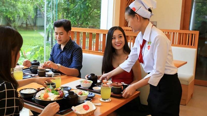 Tokyo Deli là một trong những nhà hàng truyền thống Nhật Bản đầu tiên tại Việt Nam