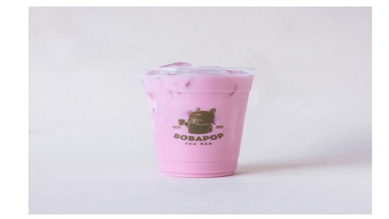 Trà sữa sen là một trong những món bạn nên thử nếu lần đầu đến Bobapop