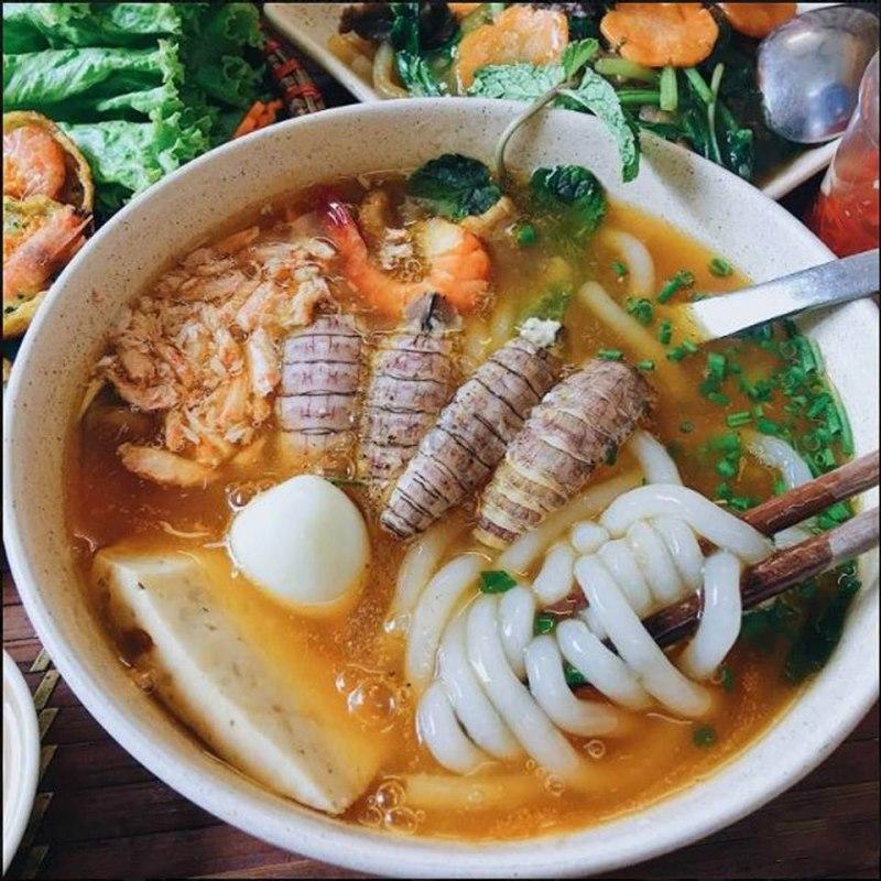 Top 10 địa điểm ăn vặt quận 9 bạn nên thử - 1
