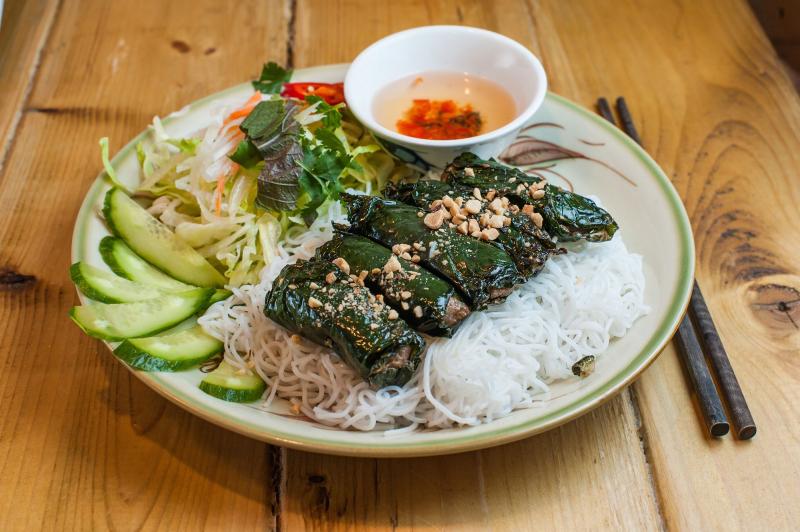 Top 10 địa điểm ăn vặt quận 7 cực hot dành cho giới trẻ Sài thành 1