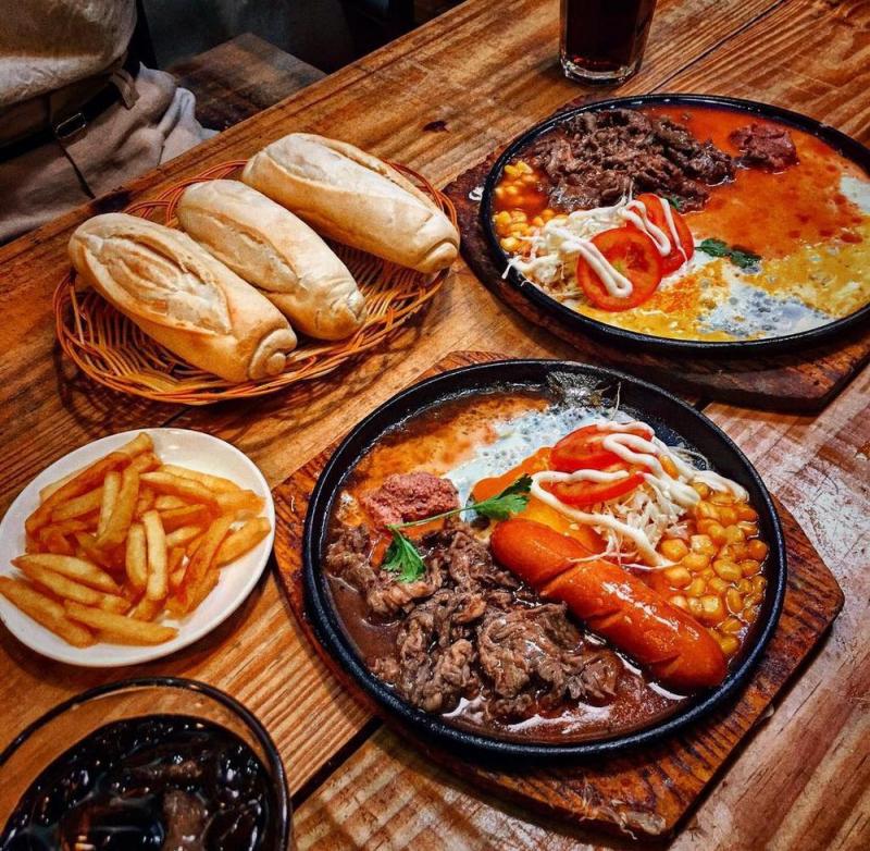 Top 10 địa điểm ăn vặt quận 7 cực hot dành cho giới trẻ Sài thành 3