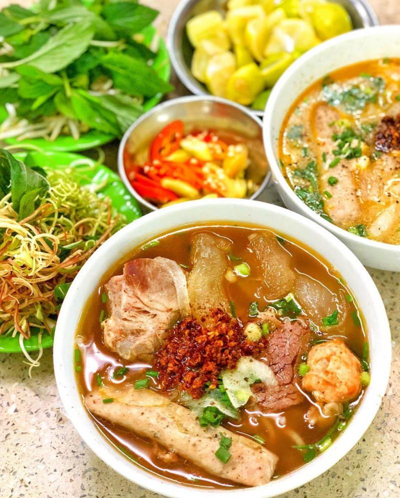 Top 10 quán ăn ngon quận 5 dành cho những ai mê ẩm thực Sài Gòn - 3