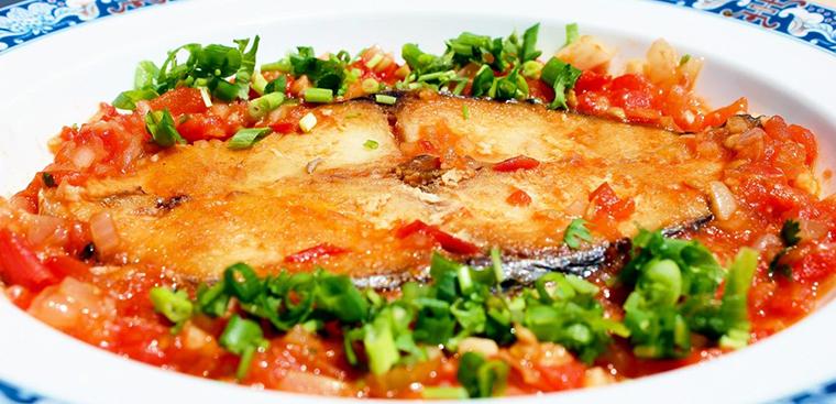 Cách làm cá thu sốt cà chua