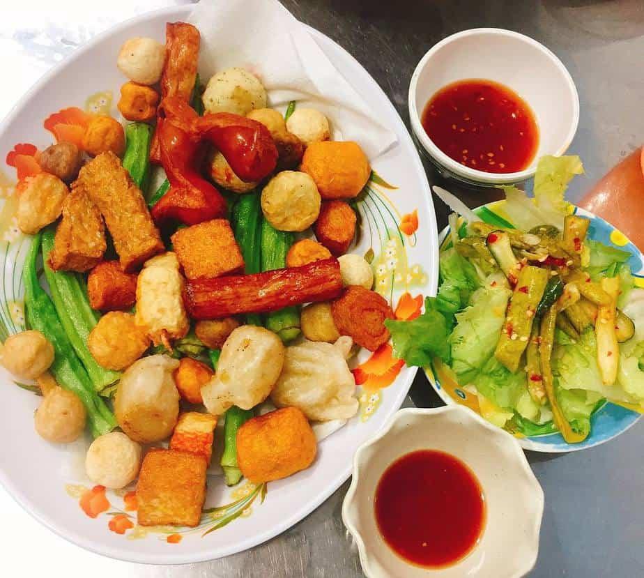 Top 10 địa điểm ăn vặt quận 7 cực hot dành cho giới trẻ Sài thành 7