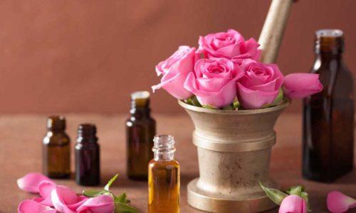 Cách làm nước hoa hồng ngon lạ miệng bảo quản được 1-2 tháng tại nhà