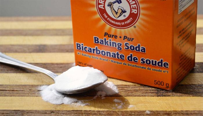 Cách tẩy mực bút bi trên giấy bằng baking soda
