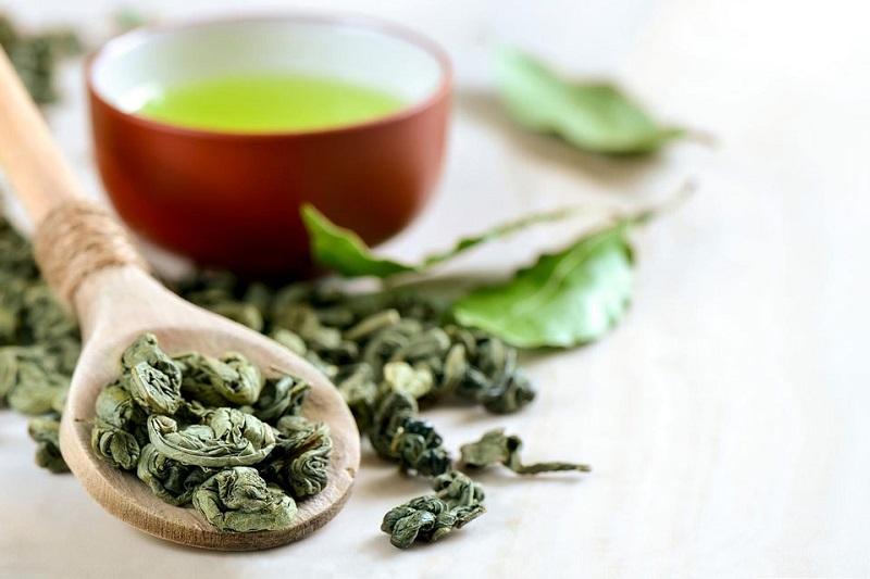 Cách thải độc cơ thể bằng trà xanh
