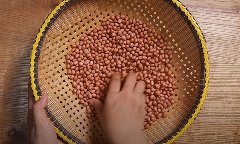 Cách làm đậu phộng nước cốt dừa giòn tan bảo quản được 1 tháng - 2