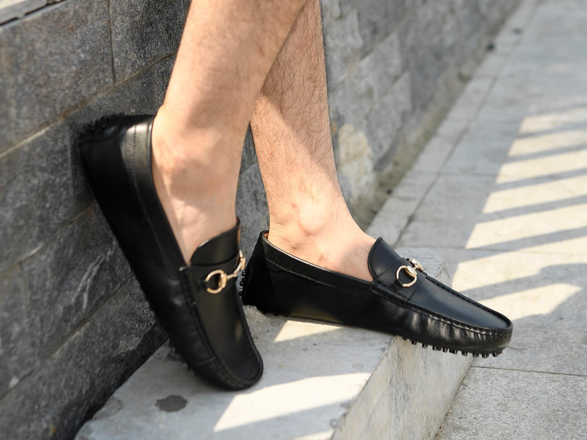 Tiêu chí chọn mua giày lười nam