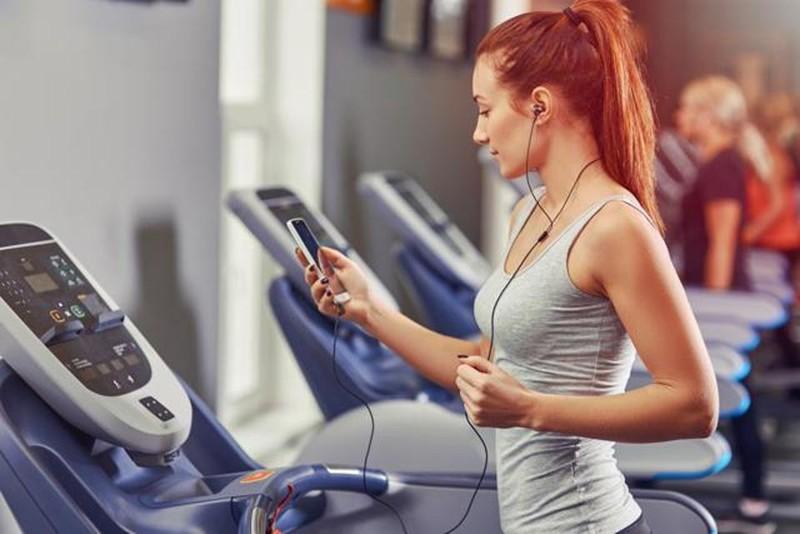 Làm chậm kinh bằng cách tập thể dục cường độ cao đột ngột