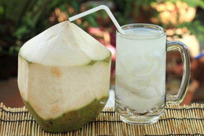 Nước dừa giúp tăng đề kháng cho cơ thể