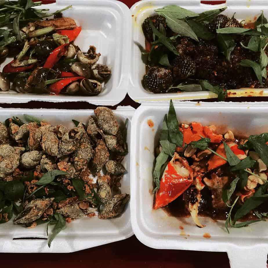 Top 10 địa điểm ăn vặt quận 7 cực hot dành cho giới trẻ Sài thành 6