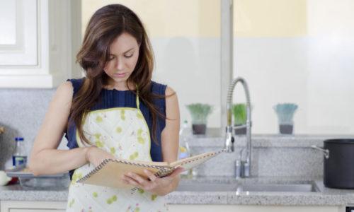 Top 5 chiếc tạp dề tốt nhất giúp chị em trông lung linh trong căn bếp 3