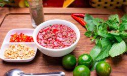 Cách hãm tiết canh vịt dễ làm mà ngon miệng 2