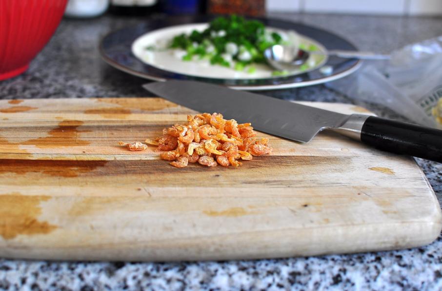 Cách làm bắp xào tôm khô thơm ngon tròn vị 2
