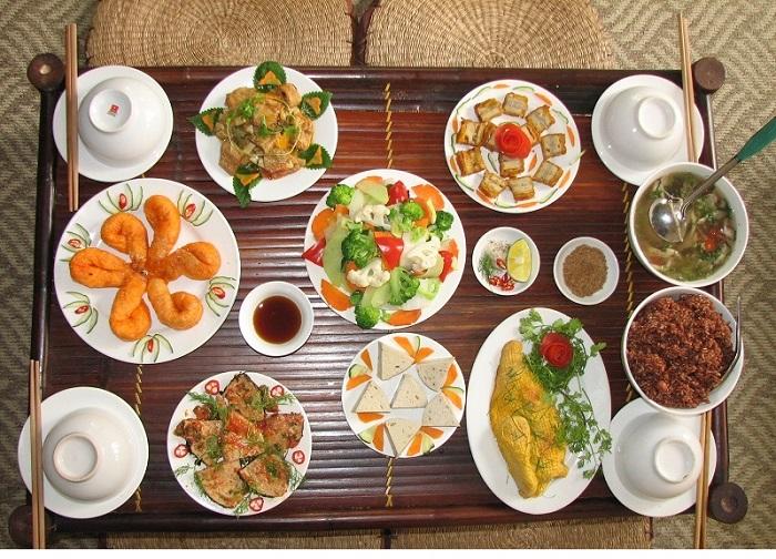 Top 7 quán chay quận 10 thanh tịnh món ăn ngon - 1